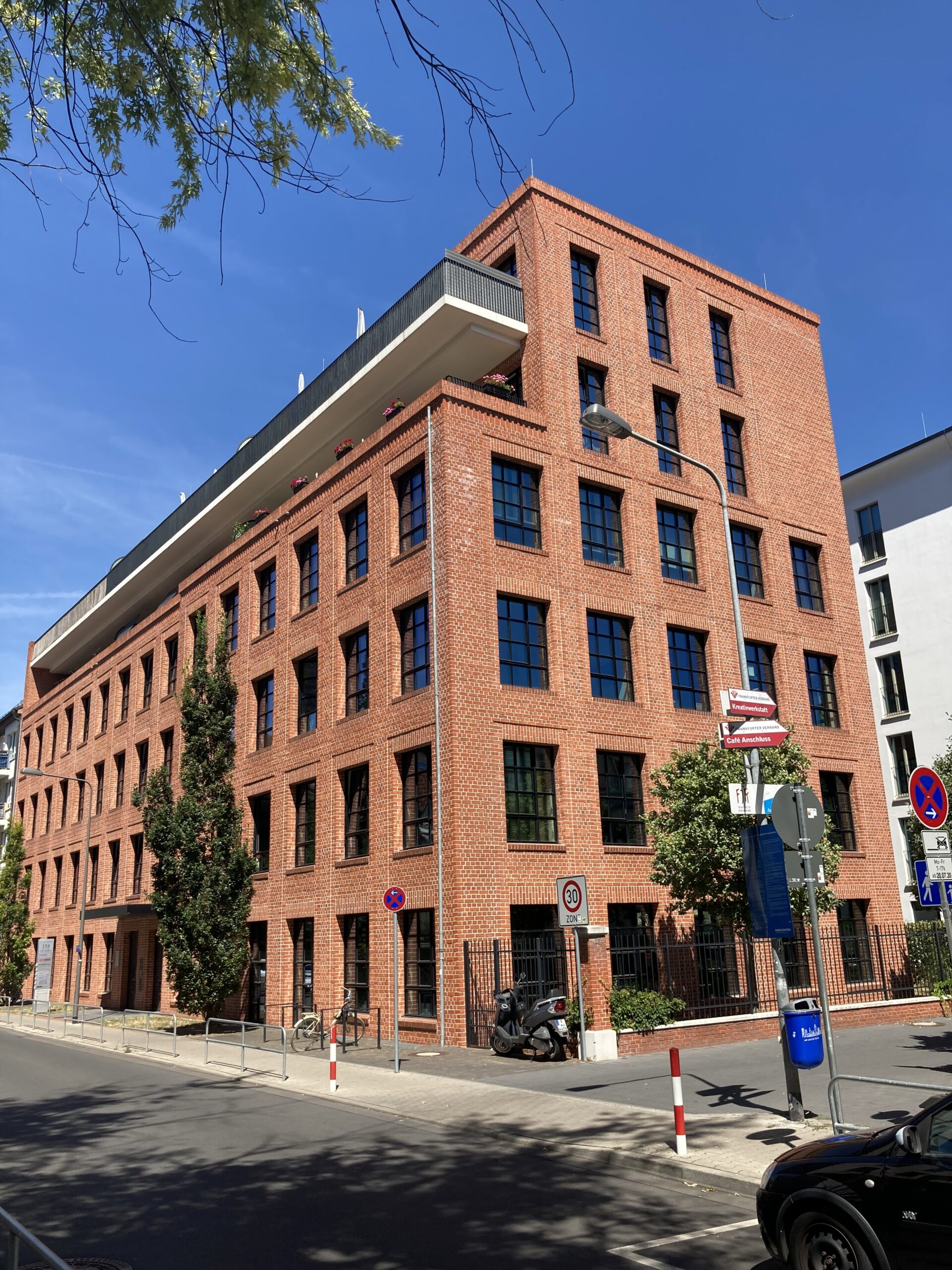 You are currently viewing Our new address: Hansaallee 154
